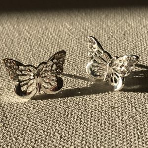butterfly earrings - silver tone