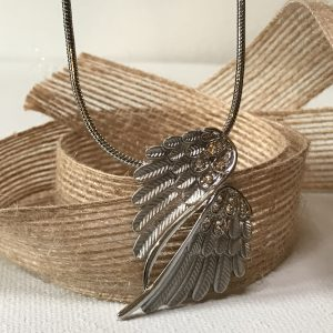 Wing Necklace – Vintage Finish